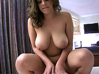 BEEG @ Fat Girlfriend Riding On A Cock
